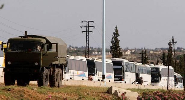خروج 2000 شخص من المسلحين وعائلاتهم من الرستن إلى شمال سوريا