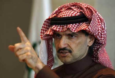 الوليد بن طلال ضرب عقيداً سعودياً يحقق معه