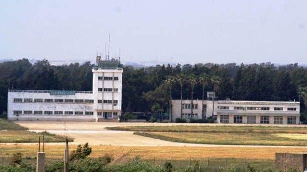 مشروع اعادة فتح مطار القليعات مدرج على لائحة مشاريع سيدر