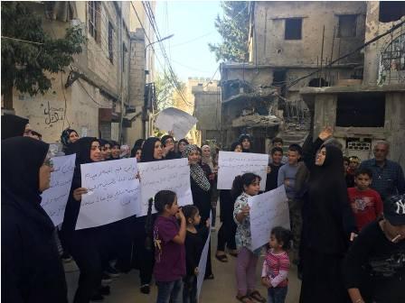 أهالي مخيم المية ومية يطالبون الدولة اللبنانية بإخراج  سليمان من المخيم