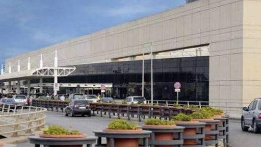 رئيس مطار بيروت: الطائرة التي تقل لبنانيين من مديوغوريه ستصل الليلة