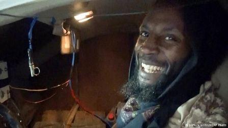 الإنتحاري أبو زكريا خرج من غوانتانامو بتعويض يفوق المليون