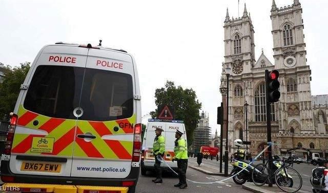 وسائل إعلام بريطانية: الشرطة تبلغت بوجود طرد مشبوه بأحد مصانع لقاحات كورونا