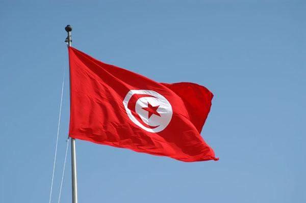 سلطات تونس تحقق بعمليات مالية تحويلية مشبوهة من قطر إلى تونس منذ 2014