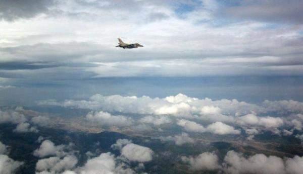 طيران العدو الإسرائيلي يشن غارات على جنوب قطاع غزة