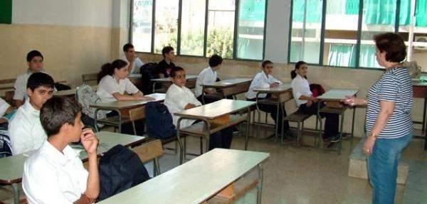اساتذة فازوا بجائزة أفضل معلم بلبنان سيدخلون مسابقة أفضل معلم بالعالم
