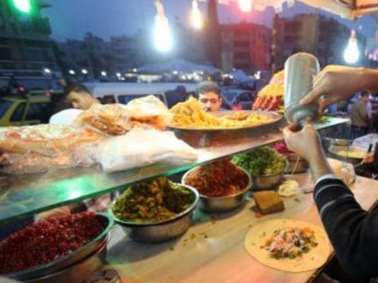 وزير الصحة أوعز لكشف ملابسات وفاة سوري وإصابة اثنين بحالة تسمم!