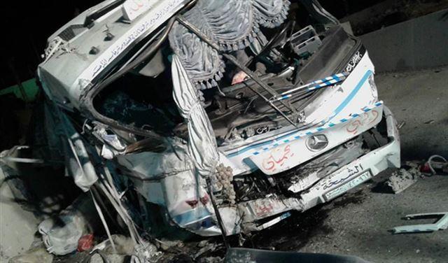 تفجير باص لنقل الركاب على طريق دمشق!