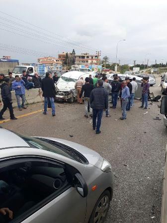 ثلاثة جرحى بحادث سير عند مفرق البيسارية