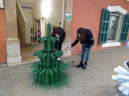 12 طالبا لبنانيا فازوا بجائزة بيئية عالمية في اميركا