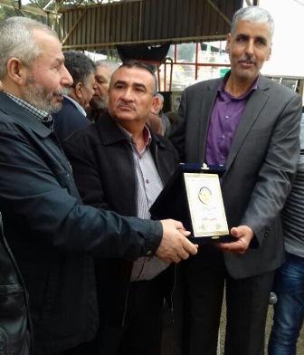 الفصائل الفلسطينية كرمت عائلة الأسير سكاف في مخيم البداوي