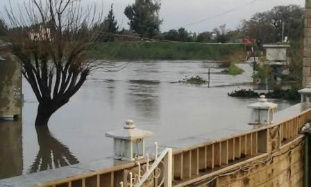 ارتفاع منسوب النهر الكبير ومياهه غمرت المنازل والمزروعات