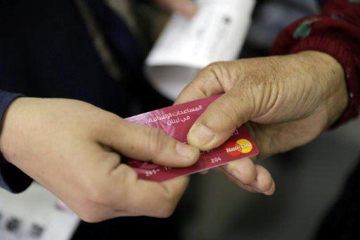 هكذا ينعش اللاجئون السوريون عمل تجار لبنانيين صغار!