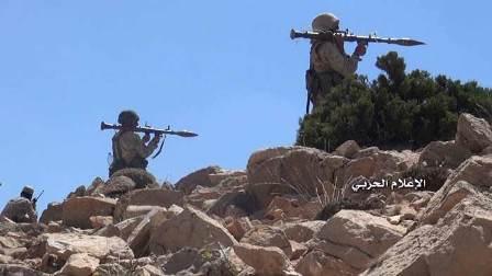 من تقدم المقاومة في جرود عرسال ورفع راية حزب الله والعلم اللبناني على التلال