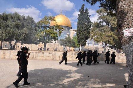 العدو الإسرائيلي يعيد فتح المسجد الأقصى اليوم