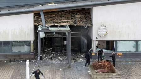 انفجار في مدينة هلسنبوري السويدية يلحق أضرارا بمركز شرطة