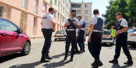 الإرهاب يضرب مرسيليا الفرنسية... مقتل شخصين في هجوم بالسكين!