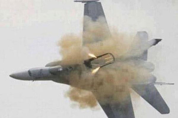 المرصد: المعارضة تسقط طائرة للجيش السوري