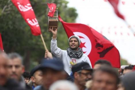 في الذكرى التاسعة لاندلاع الثورة التونسية: