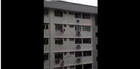 شاب يفشل بإنقاذ عاملة من الانتحار!
