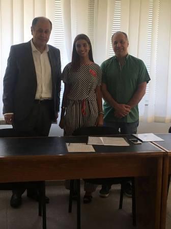 منار أسامة سعد تفوز بماجستير بالإعلام والتواصل
