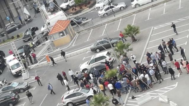 بالفيديو والصور.. إصابة شخصين بإطلاق نار إثر اشكال فردي في حي الست نفيسة في صيدا