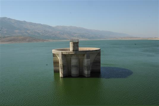 دراسة علمية: كل مياه لبنان ملوثة كيميائياً!