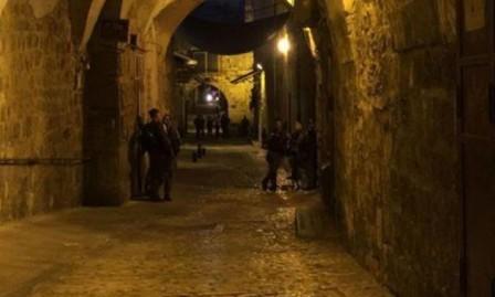 فيديو: مواجهات مع الاحتلال عند بوابات الأقصى