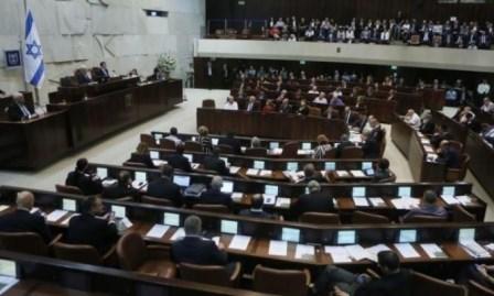 المصادقة بالقراءة الأولى على منع العليا مناقشة التماسات الفلسطينيين