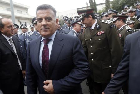 الاخبار: الأمن العام يوقف 3 من ضباطه!