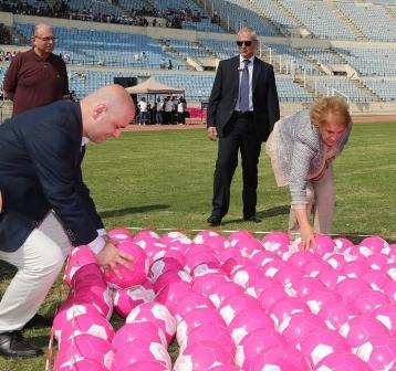 الكشف عن سرطان الثدي للفلسطينيّات: مبادرات فرديّة بديلاً من تقشّف «الأونروا» والدولة