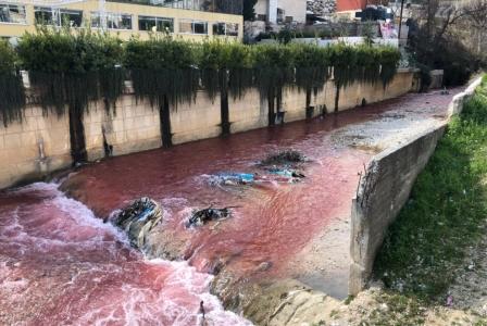 الاعتداء على مياه نهر البردوني... بمرسوم رئاسي!