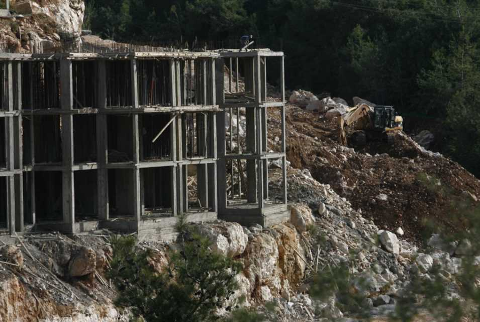 مفعول «تعميم البناء» شارف على الانتهاء آلاف المُنشآت غير القانونية
