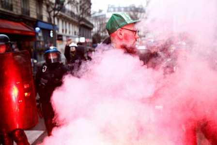 إضرابات نقابات وطلاب: طيف «أيار 68» يحوم فوق فرنسا