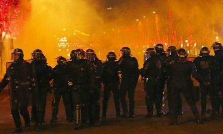 الشرطة الفرنسية تقمع مظاهرات