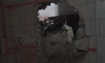 الاحتلال يخطر بهدم منزل عائلة البرغوثي في كوبر