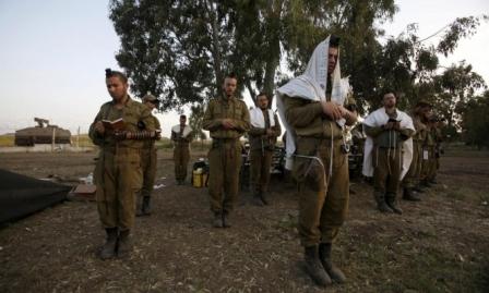 الصهيونية الدينية تخترق الجيش الإسرائيلي: أسئلة الولاء والتديين والصراع