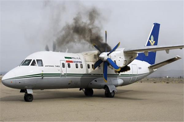 التلفزيون الإيراني: حريق بطائرة في مطار بطهران وإجلاء 100 راكب دون إصابات