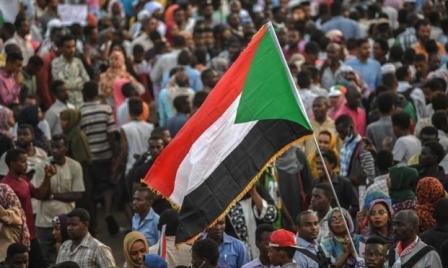 المعارضة السودانية تقطع الطريق على