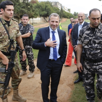 باسيل يهين دبلوماسيي لبنان