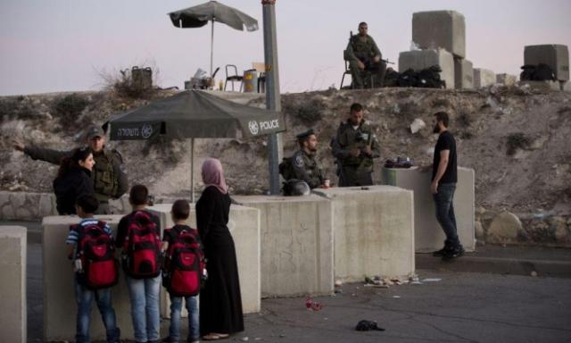 الإدارة الأميركية تنزع عن المقدسيين فلسطينيتهم