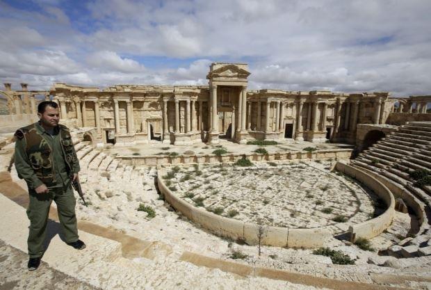 الجيش السوري يصد هجوماً على تدمر