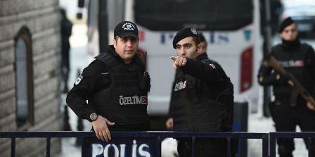 إقالة أكثر من 18 ألف موظف رسمي في تركيا