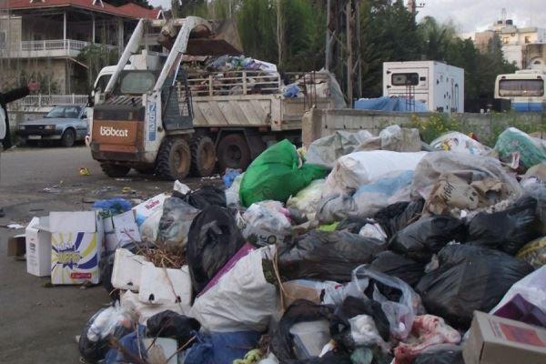 رئيس بلدية كفررمان يستقيل بسبب أزمة النفايات: كي لا أتحمل مسؤولية تفشي الأمراض والأوبئة