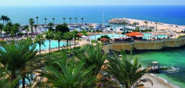 أسعار بطاقات السفر الخيالية تمنع المغترب من زيارة لبنان: هل من حلول؟