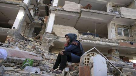 عشرات المصابين في زلزال قوي هزّ إيران