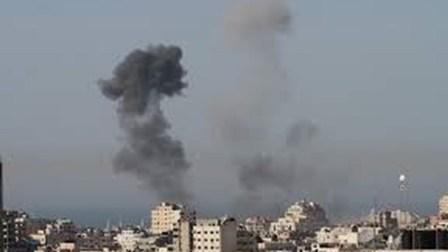 الاحتلال يشن سلسلة غارات على غزة ووقوع اصابات