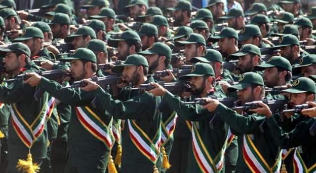 الحرس الثوري الإيراني: نحن على أعتاب مواجهة شاملة مع العدو