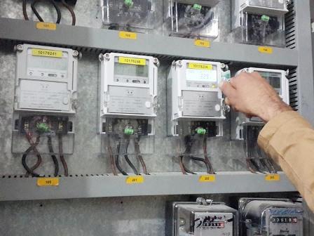 العمل بالعدادات الكهربائية ابتداءً من الشهر المُقبل