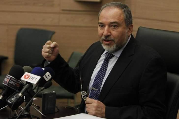 وزير الدفاع الإسرائيلي: لن نتردد في شن حرب جديدة على غزة